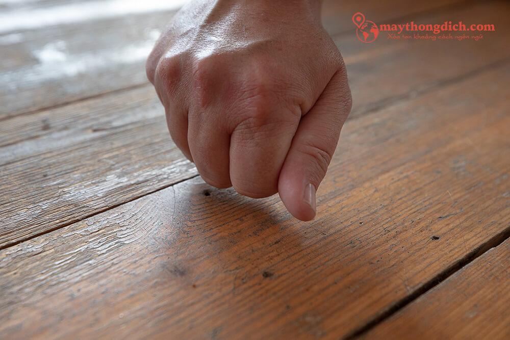 Nói Knock On Wood giúp bạn tránh được điều không may