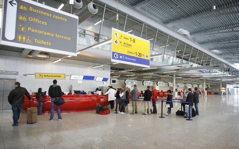 Tiếng Anh du lịch khi check in ở sân bay