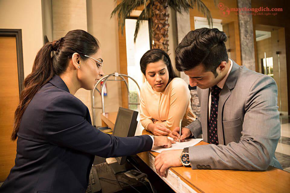 Tiếng Anh du lịch trong tình huống check in ở khách sạn